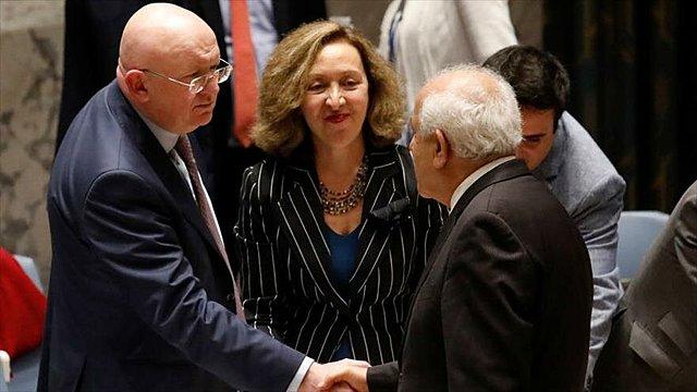 Se crea el Cuarteto de Madrid para la paz en el Oriente Medio, conformado por los Estados Unidos, LA Unión Europea y la organización de las Naciones Unidas.