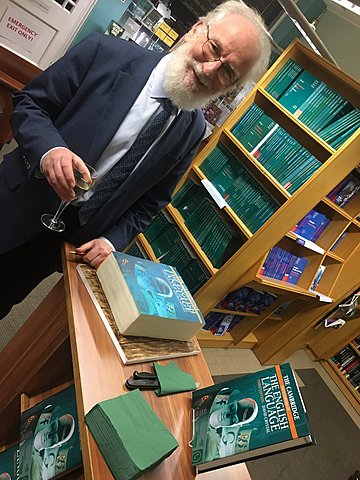 David Crystal publishes The Cambridge Encyclopedia of the English Language.
