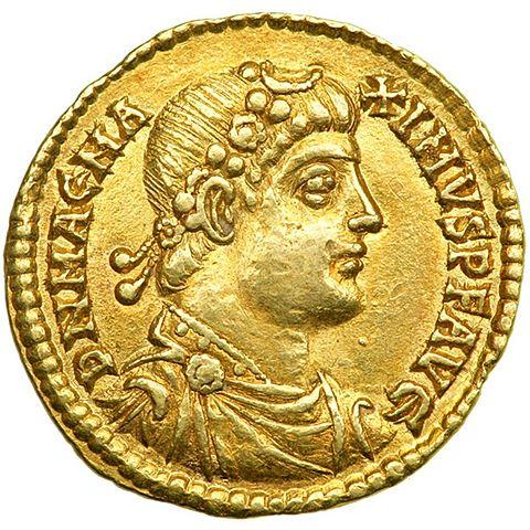 Theososius defeats Magnus Maximus