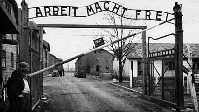 Shoah / Olocausto