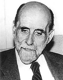 Juan Ramón Jiménez publica Elegías puras.