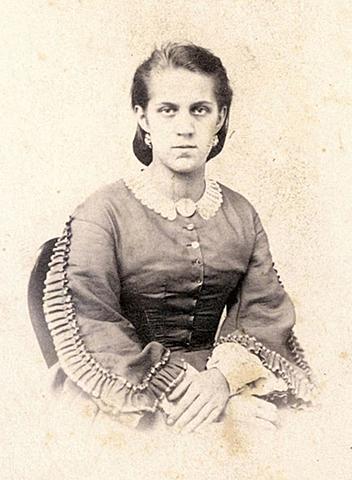 Достоевский женится на А. Г. Сниткиной.