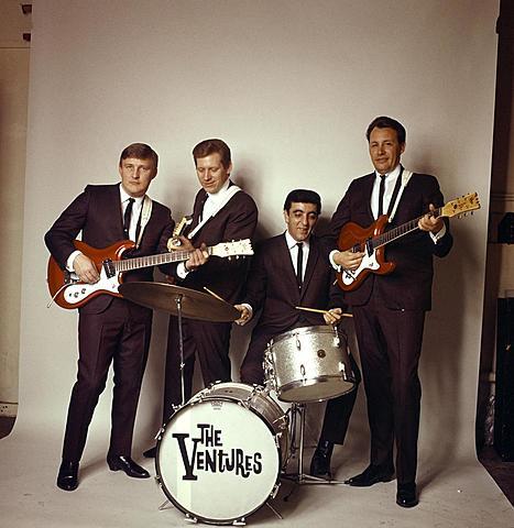 The Ventures (banda de surf rock y rock instrumental estadounidense formada en 1958, en Washington por Don Wilson y Bob Bogle)