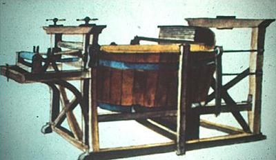 Primera máquina para hacer papel