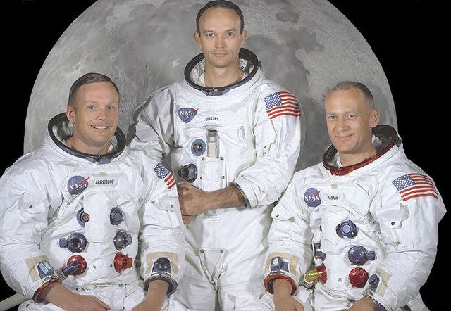 Neil Amstrong llega a la luna