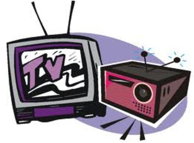 Las revistas, las radios y las televisiones son financiadas por el ESTADO