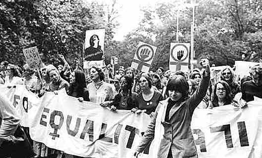 Inicia segunda ola del feminismo (de la diferencia)