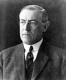 El presidente Wilson anuncia su apoyo al sufragismo.