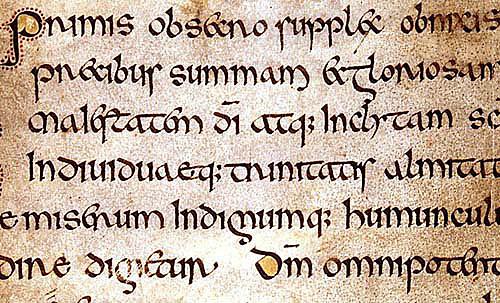 Aparece la escritura semiuncial irlandesa.