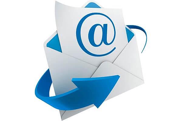 Invención del correo electrónico.
