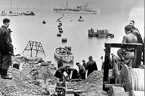 Primer cable submarino a través del Canal de la Mancha