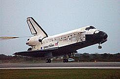 EEUU lanza el transbordador Discovery a la ISS