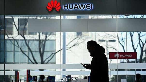Facebook retira sus aplicaciones preinstaladas de los nuevos teléfonos Huawei