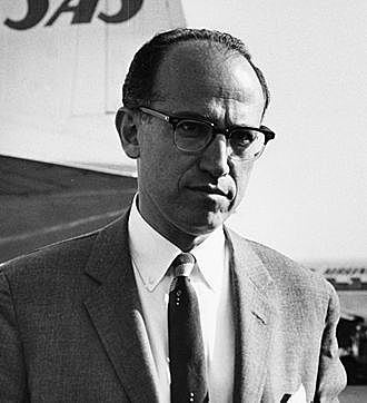 Jonas Edward Salk (28 de octubre de 1914-23 de junio de 1995)