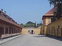 הקמת מחנות ריכוז טרזינשטאט חלמנו ובלז