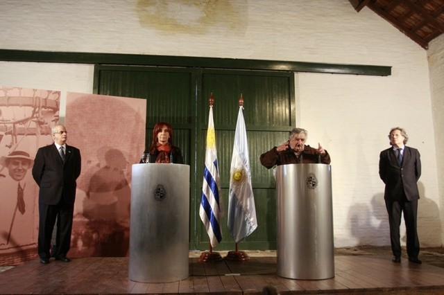 Reunión Mujica-Fernández en Anchorena