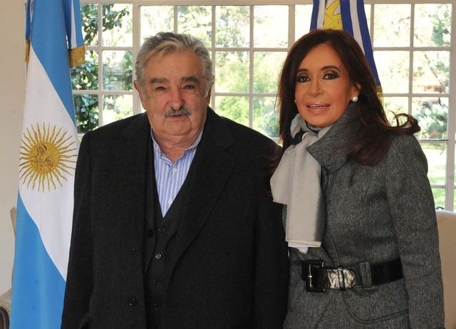 Reunión Mujica-Fernández en Olivos.