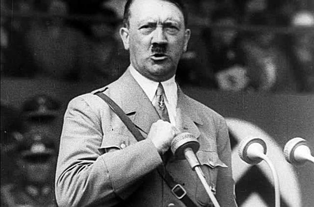 As mudanças de Hitler no poder