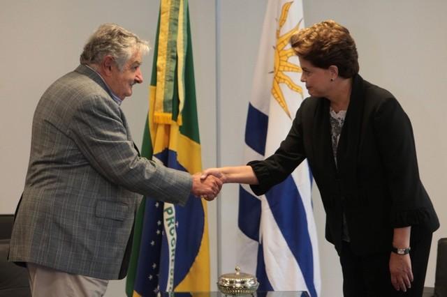 Mujica con Rousseff