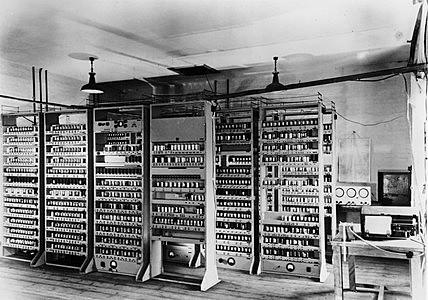 Large Electronic Computers: EDSAC
