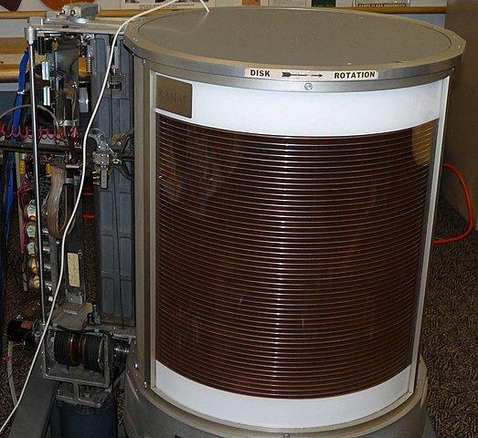 Создание первого действующий транзистора
