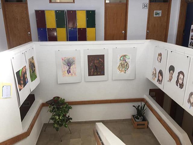 EXPOSIÇÃO DE ARTES- Artistas na Biblioteca escola