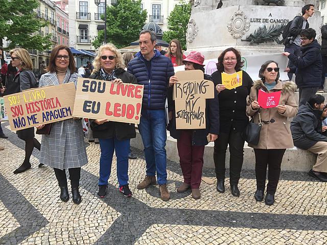 Dia mundial do livro ! Projeto PNL LER +FORTE DA CASA -Movimento 14-20