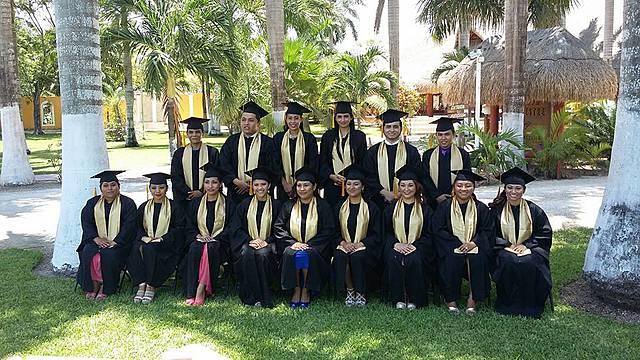 Sesión de fotos para la graduación de la universidad