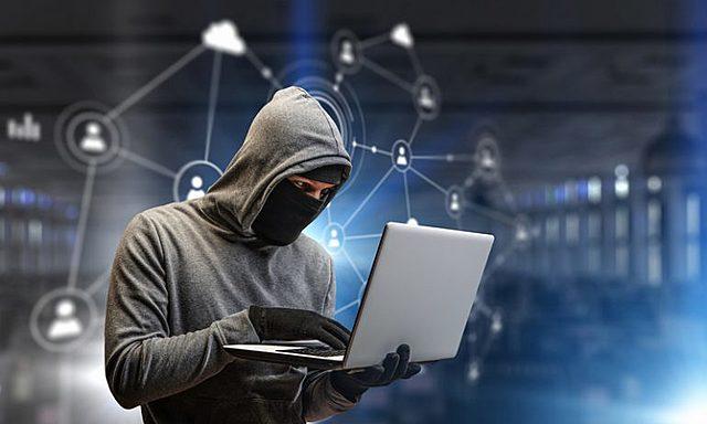 """EE UU acusa a China del robo """"persistente"""" de su tecnología."""