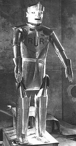 """Aparece el primer autómata de ficción llamado """"robot"""""""