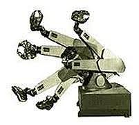 Primer robot con seis ejes electromecánicos