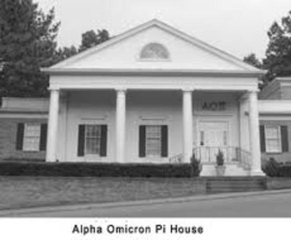 First AOII House built