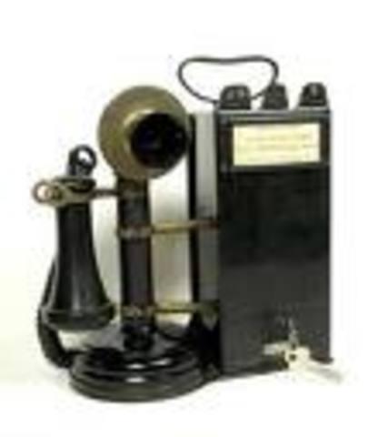 Alexander Graham Bell: Telephone