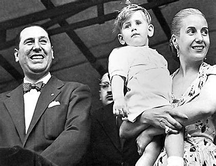 Perón asume la presidencia por primera vez