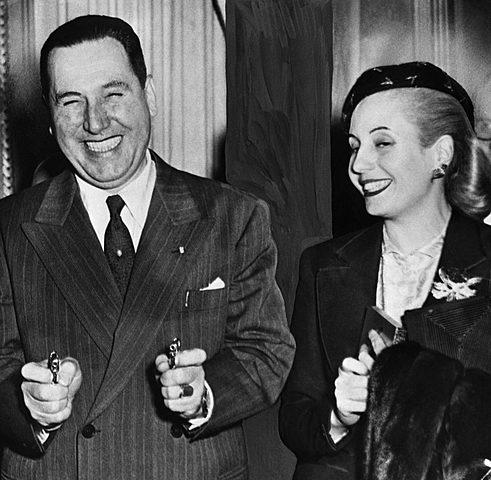 Perón promulga de Ley del voto femenino