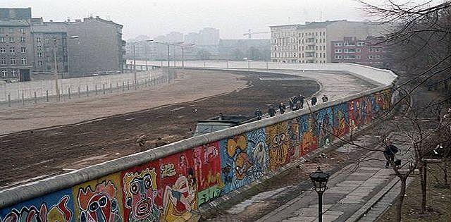 Berlin War (1961 - 1989 )