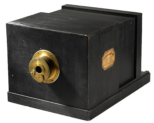 Who design the first camera?