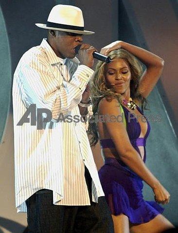 Grammy- Best R&B Song, Best Rap/Sung Collaboration