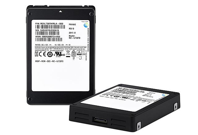 "SAMSUNG 2.5"" SSD V-NAND 30TB"