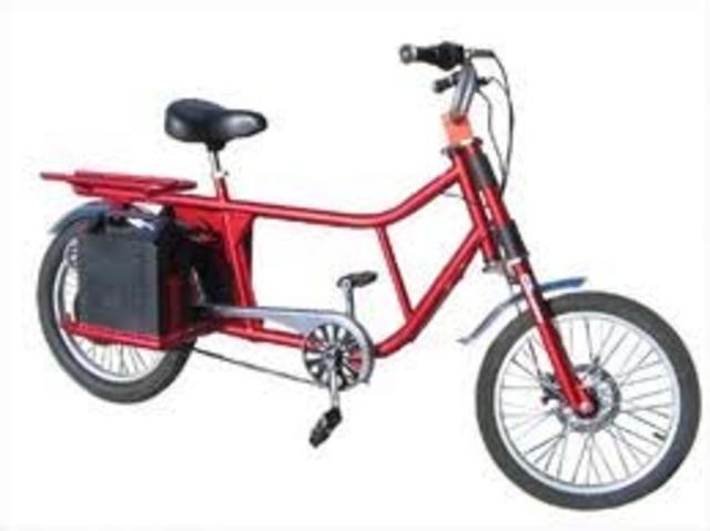 Justin Lemire-Elmore crosses Canada in an electric bike