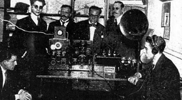 EDAD CONTEMPORÁNEA 1906