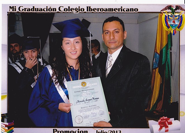 Graduación de Bachiller Académica con un desempeño superior.