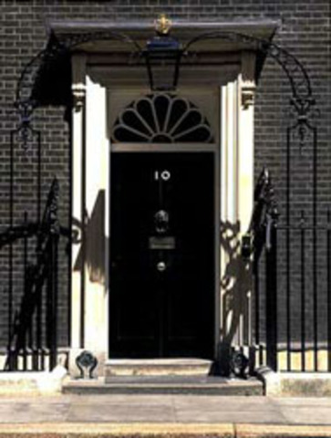 10 Downing Street hits out at lectures who praised student protests