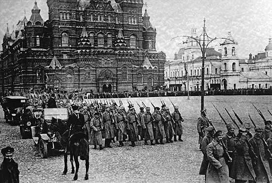 Tyskland erklærer krig mot Russland