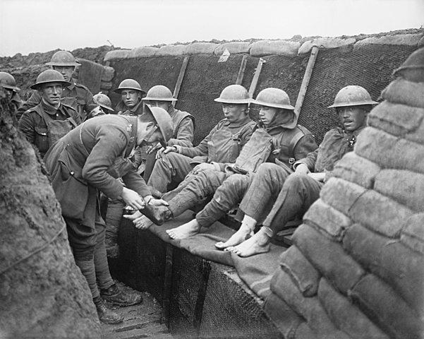Storbritannia erklærer krig mot Tyskland