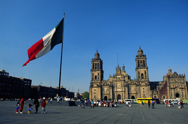 Mexico gains independence from Spain