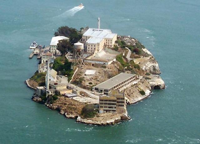 Capone transferred to Alcatraz