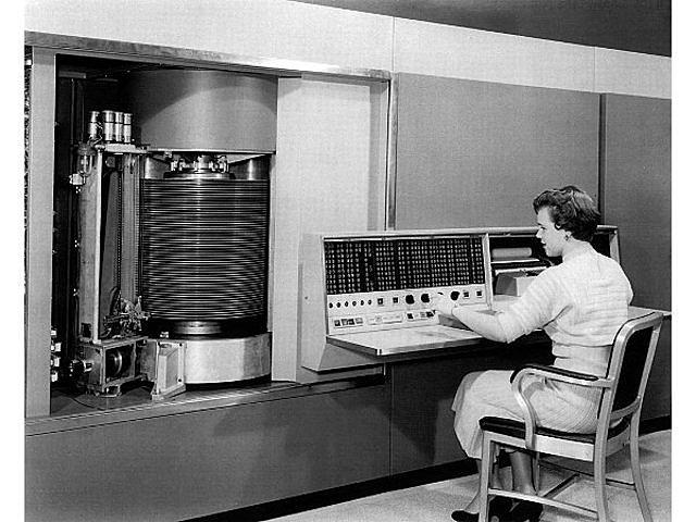 Máquina IBM 305 RAMAC