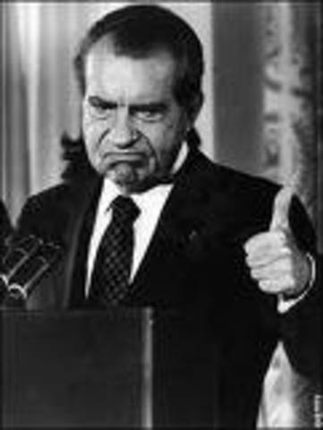 Psychosocial Event/Cognitive Event/Richard Nixon becomes the 1st US President to resign.