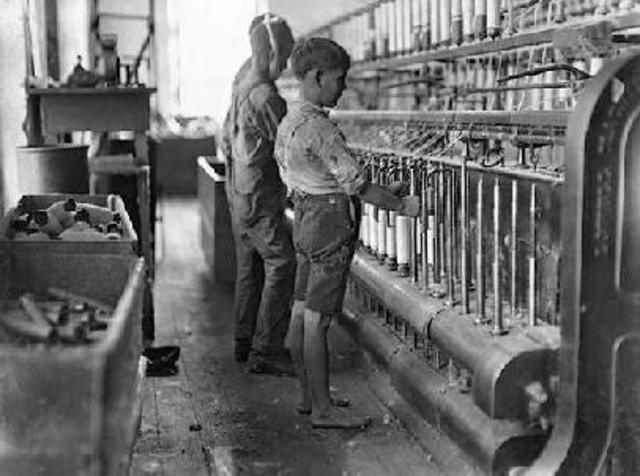 The Start of Steam Engines in Factories
